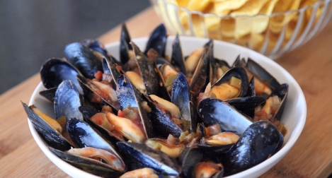 Mussels with Salsa